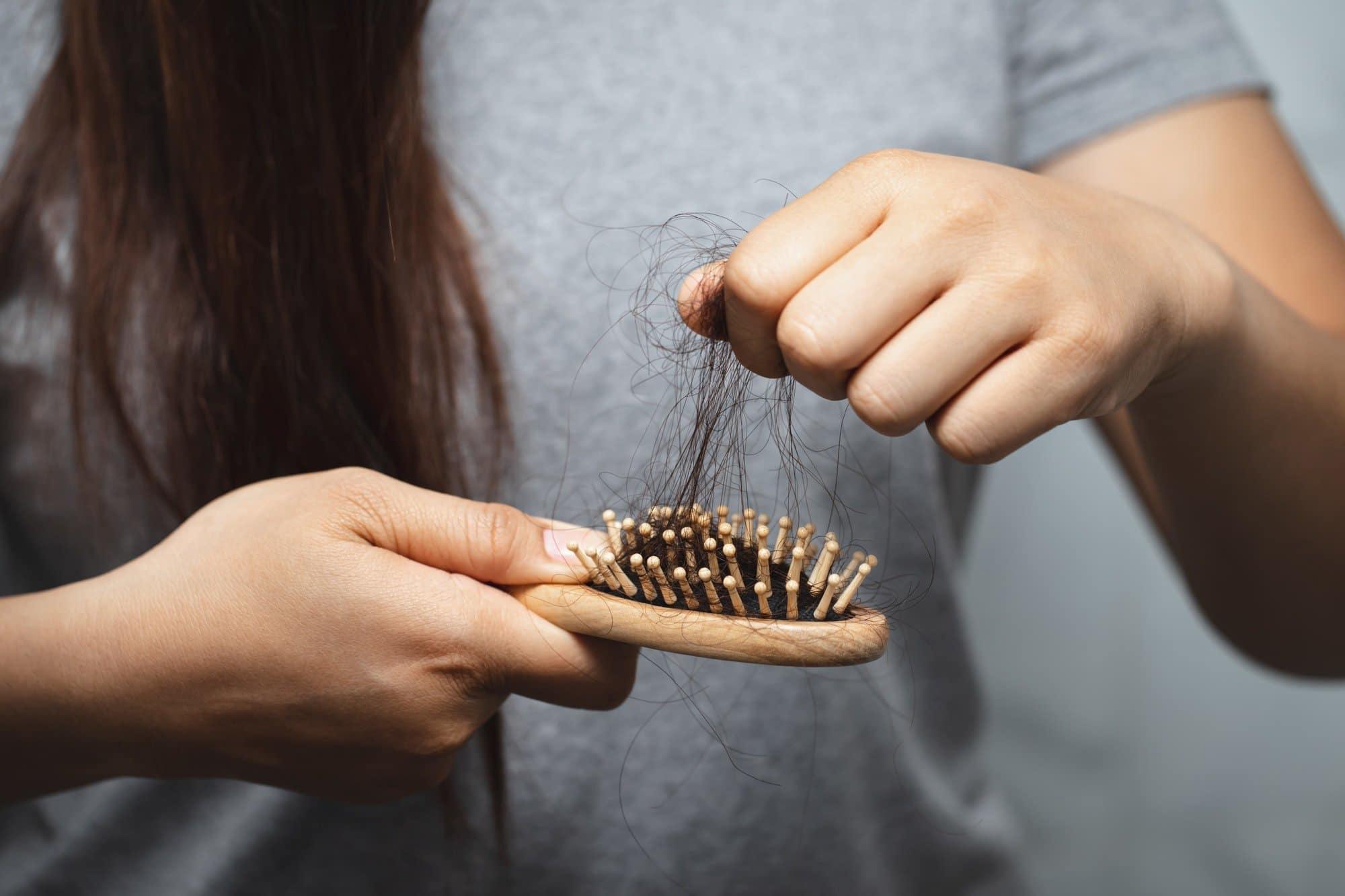Parar a queda do cabelo das mulheres